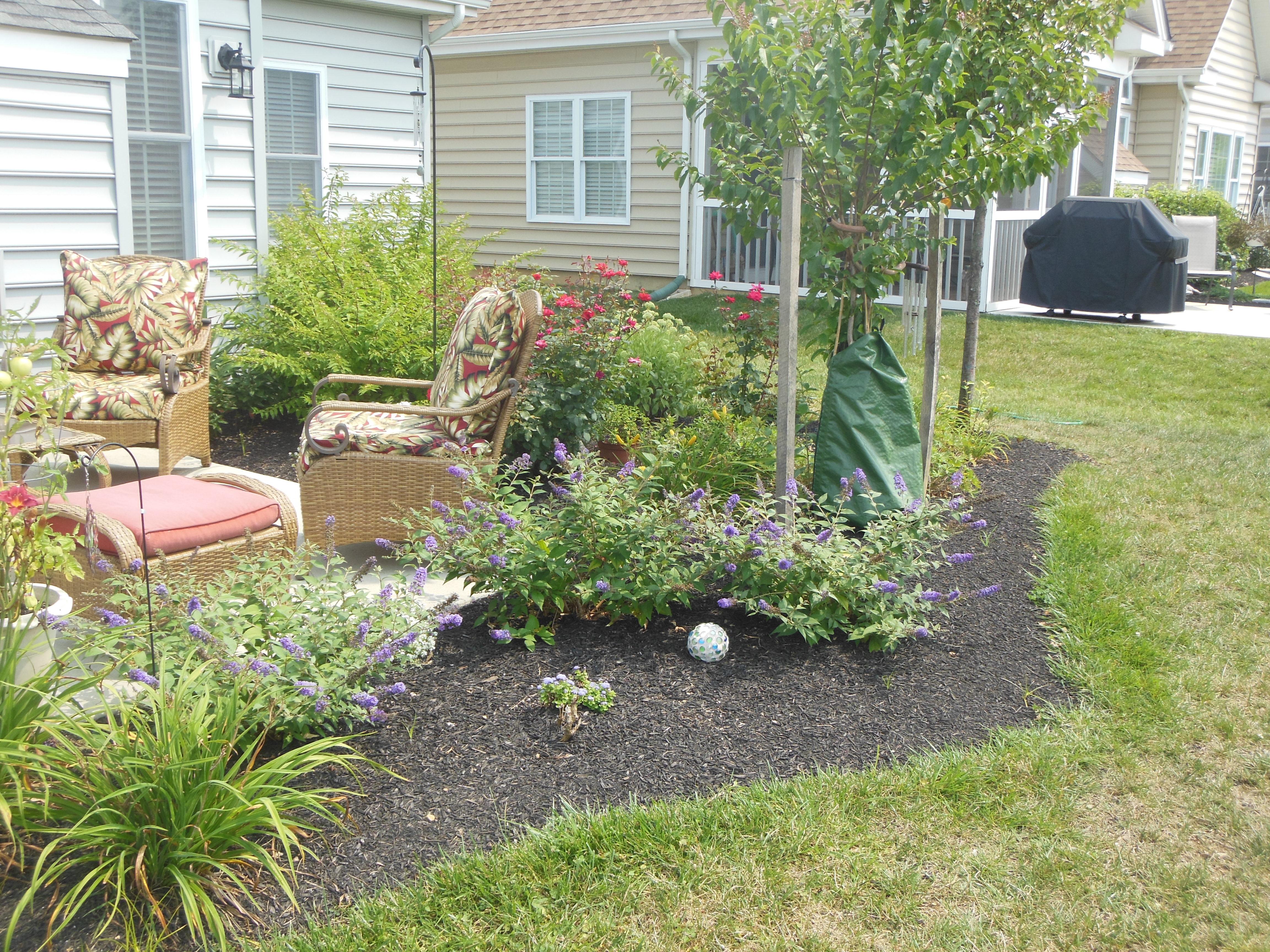 Landscape design manheim pa keystone lawn company for Lawn landscaping